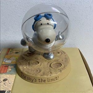 2011 Snoopy Astronaut Figurine Hallmark BNIB